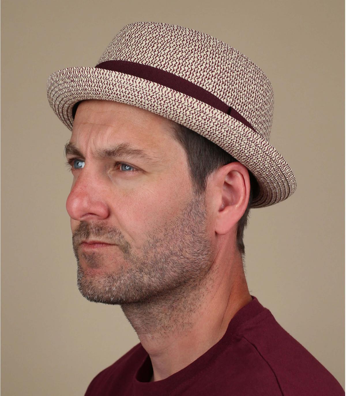 cappello a treccia bordeaux