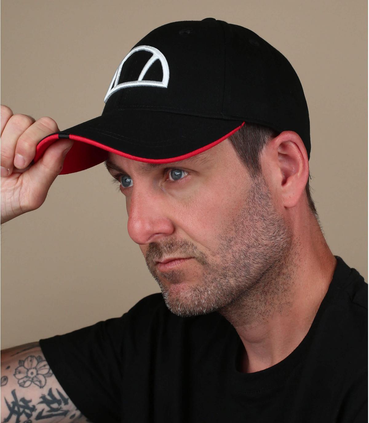 berretto nero Ellesse