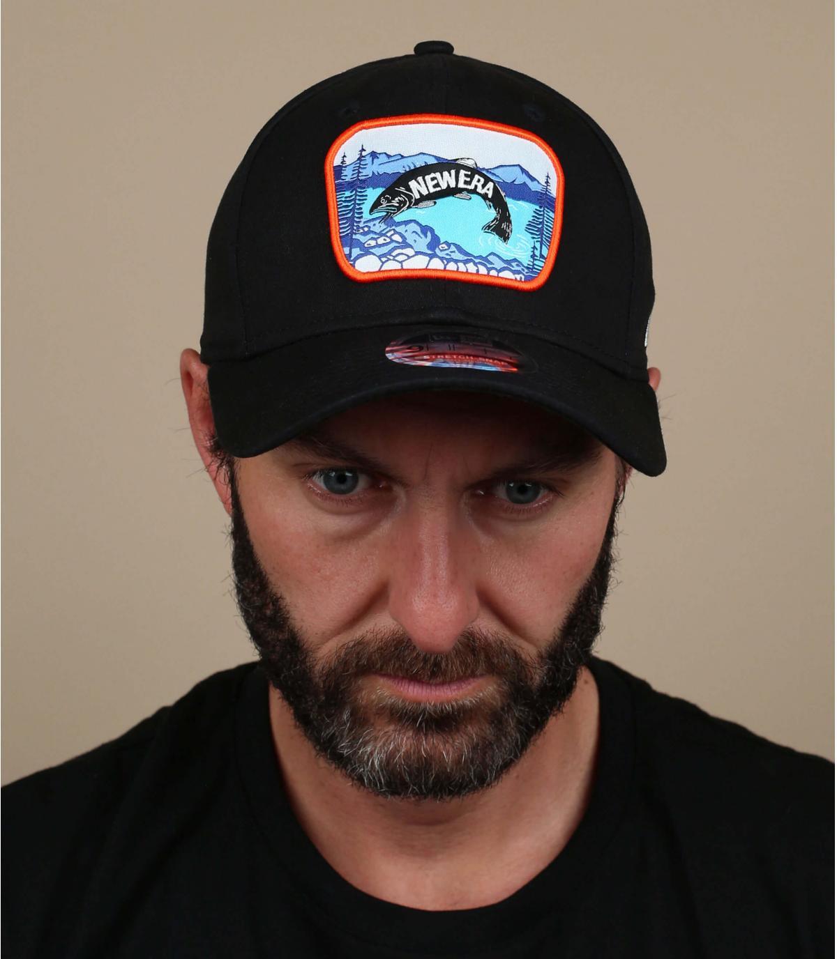 berretto patch di pesce nero
