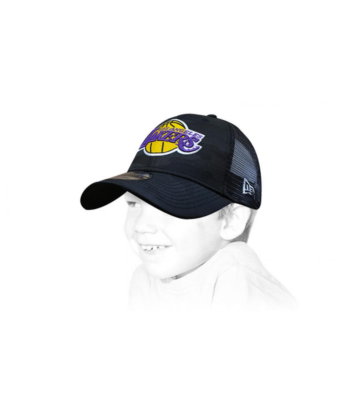 trucker bambino Lakers