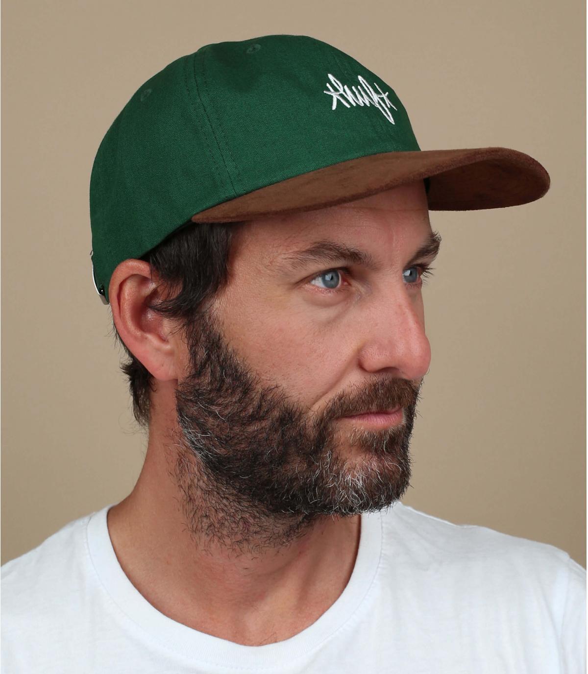 Cappellino Huf in camoscio verde