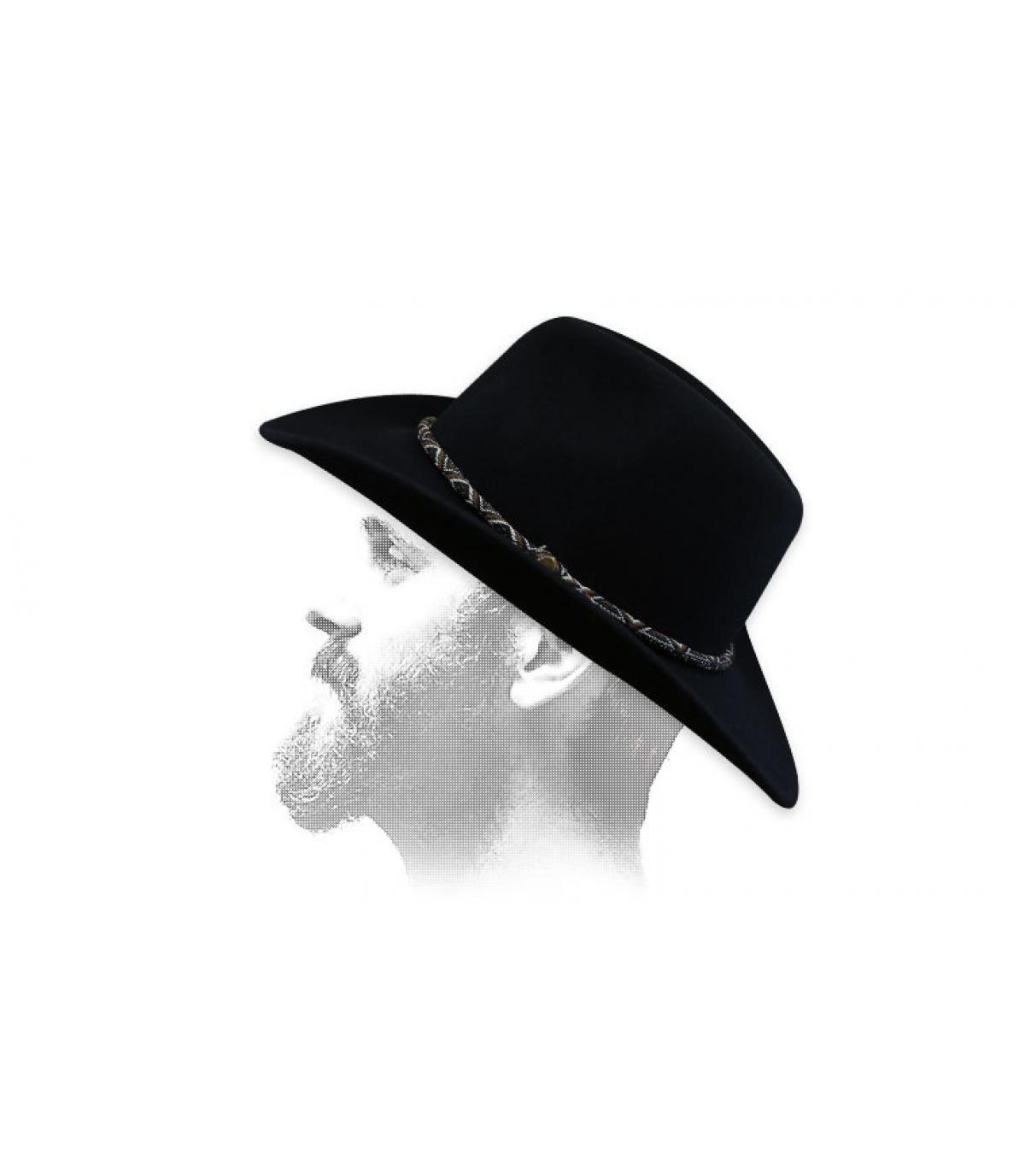 cappello da cowboy in feltro beige