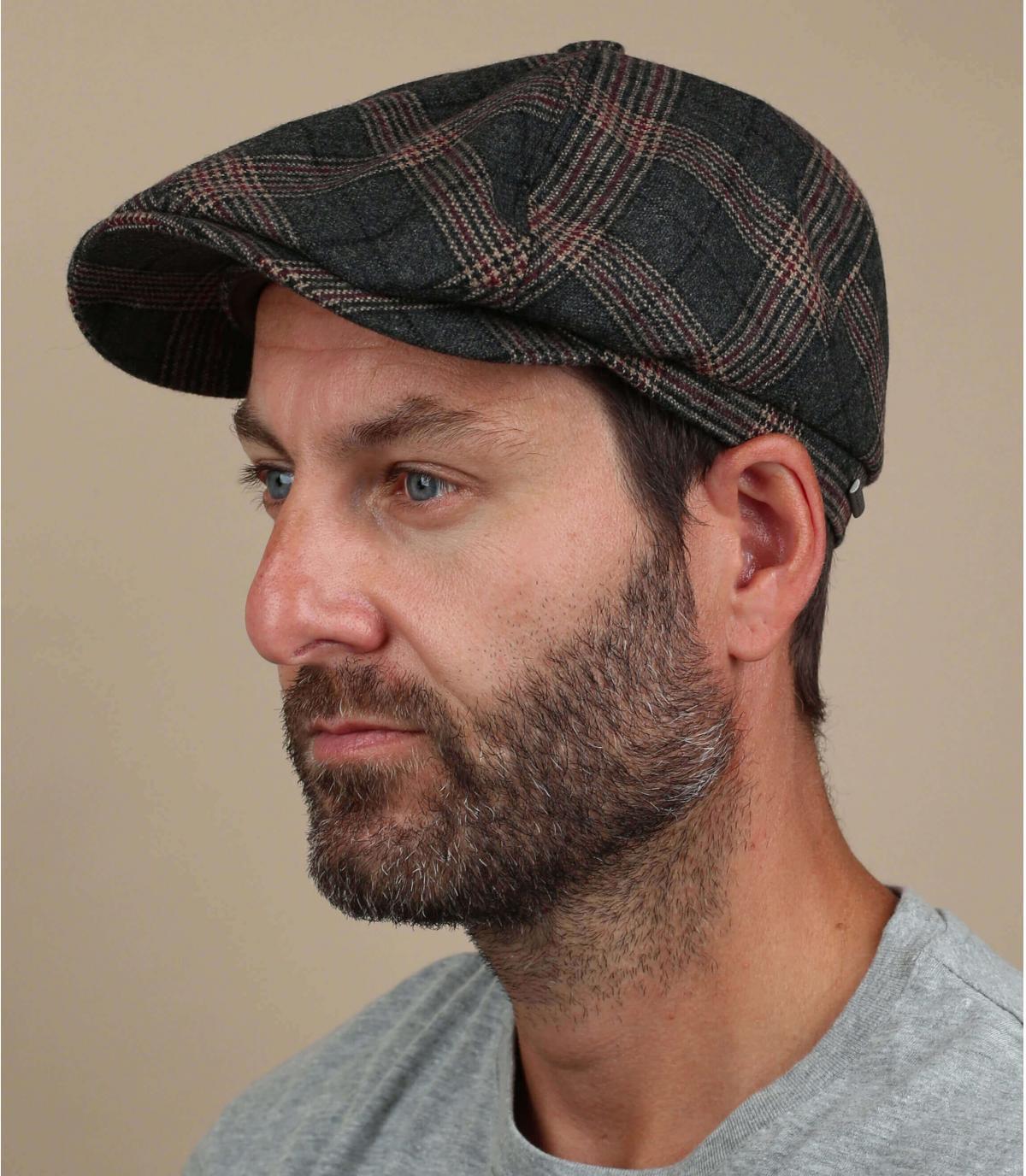 berretto strillone in lana check