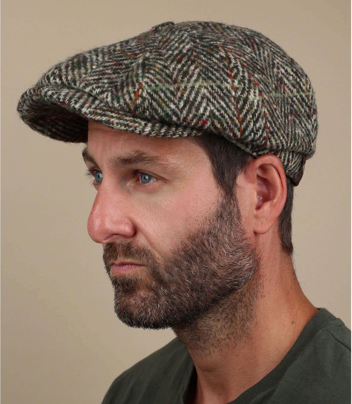 berretto strillone di lana beige