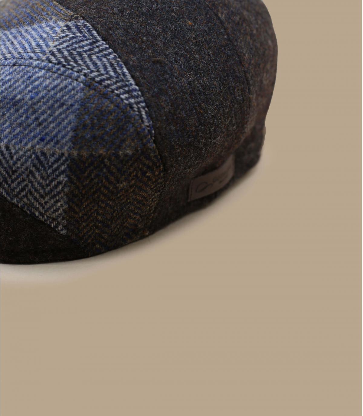 berretto di lana a quadri marrone