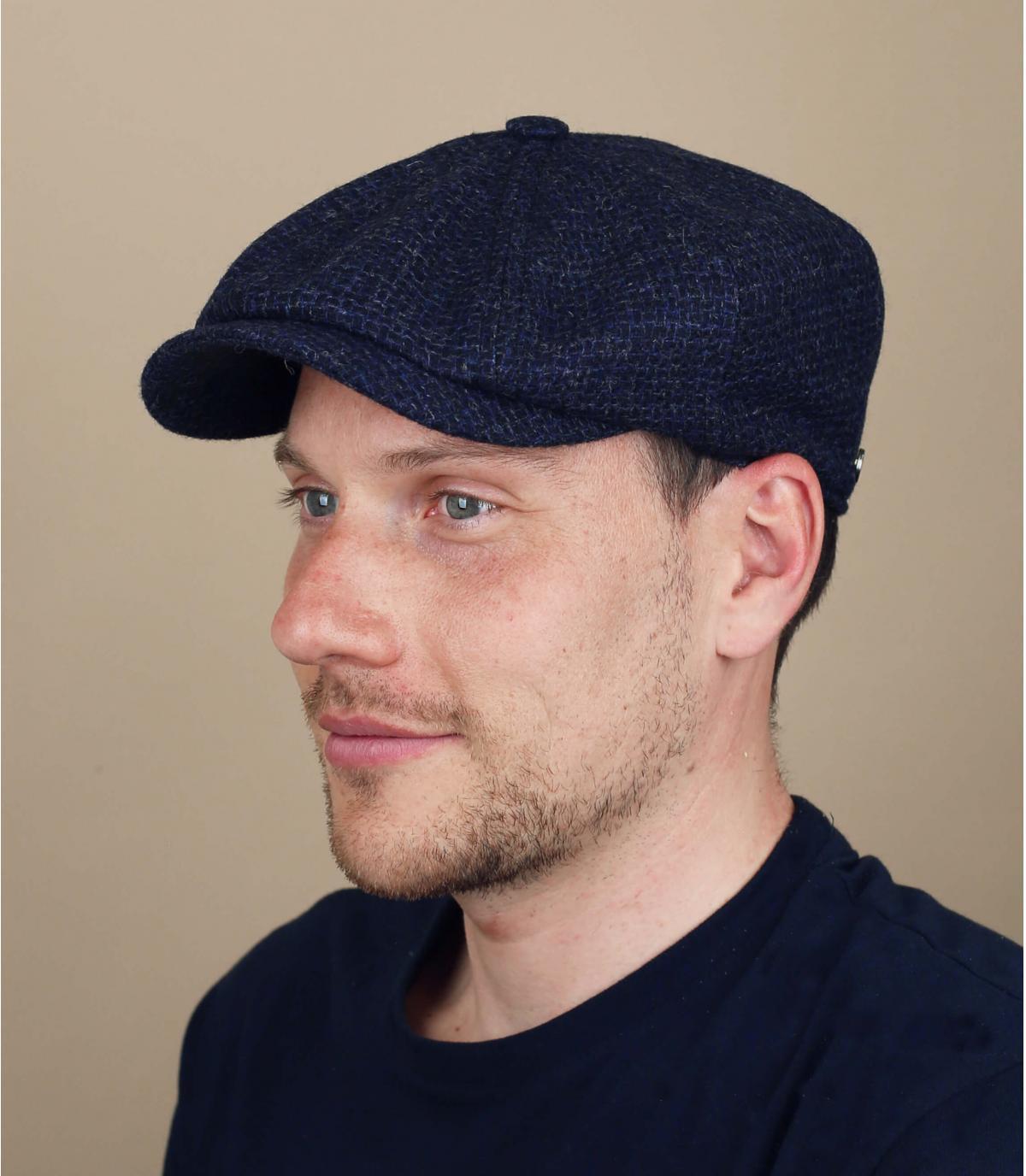 berretto strillone blu lana