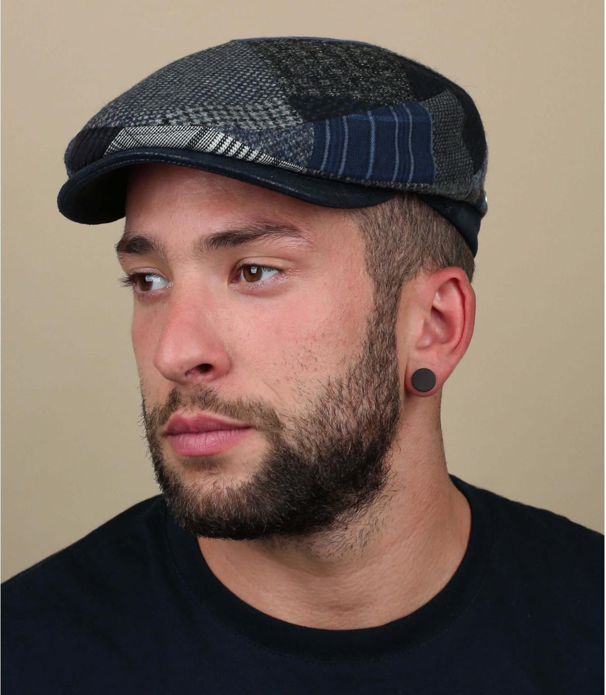 berretto di lana grigio blu