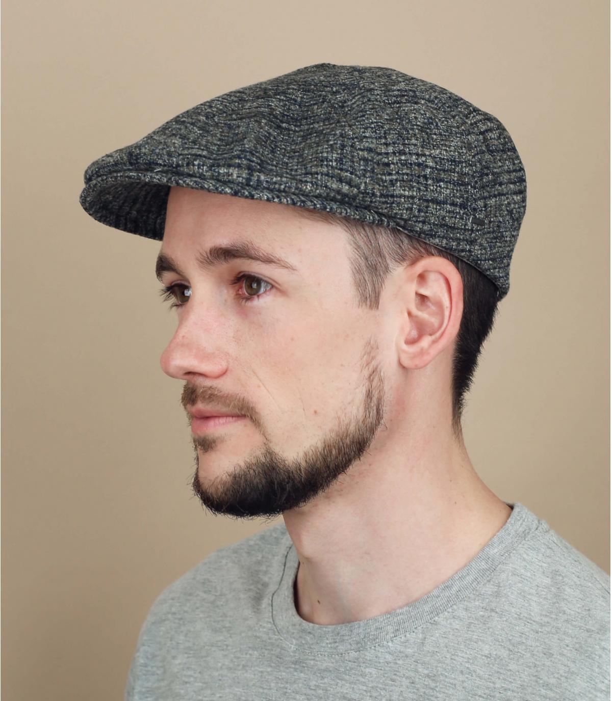 berretto di lana a quadri grigi