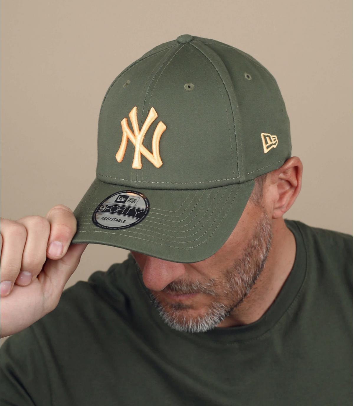 Cappellino NY verde giallo