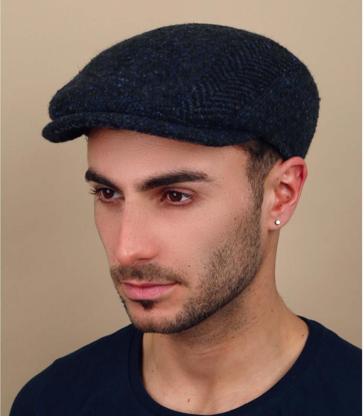 berretto di lana blu scuro