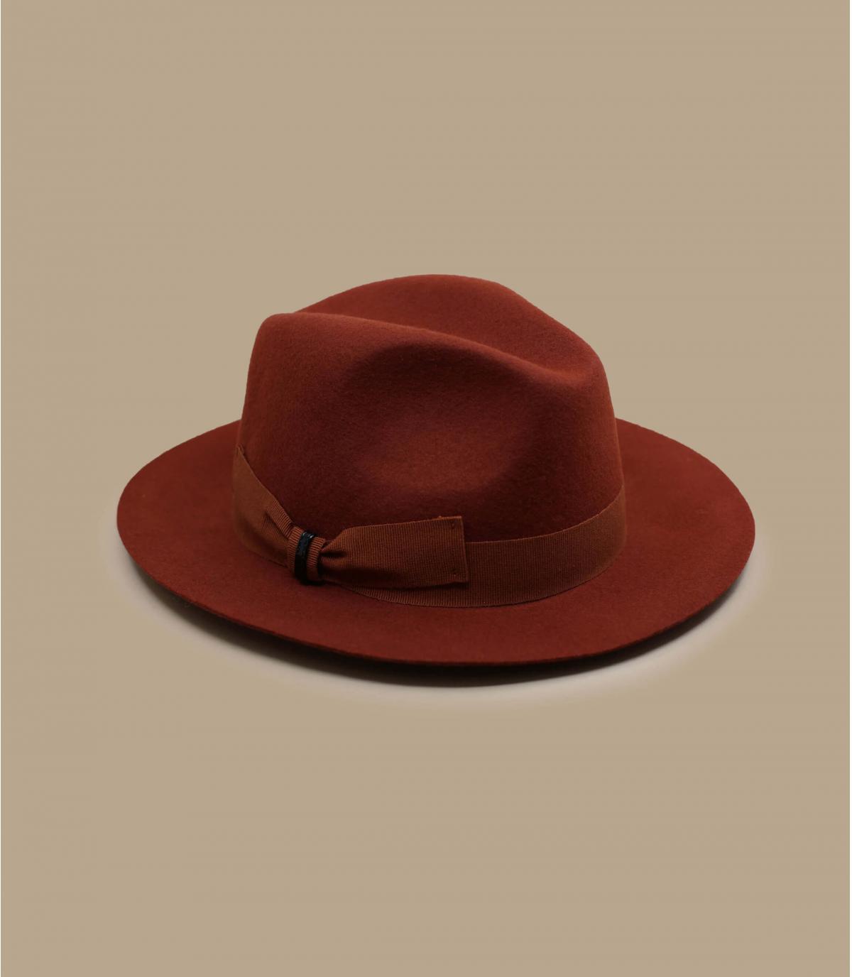 cappello di feltro arancione