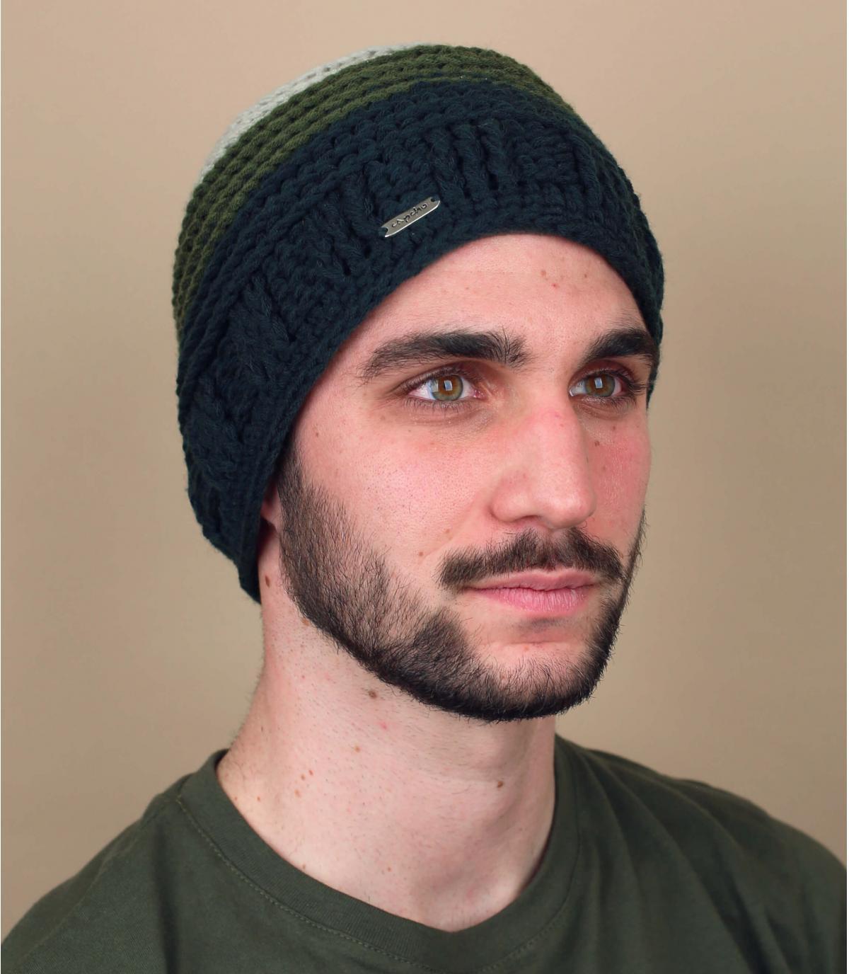 berretto verde sfumato