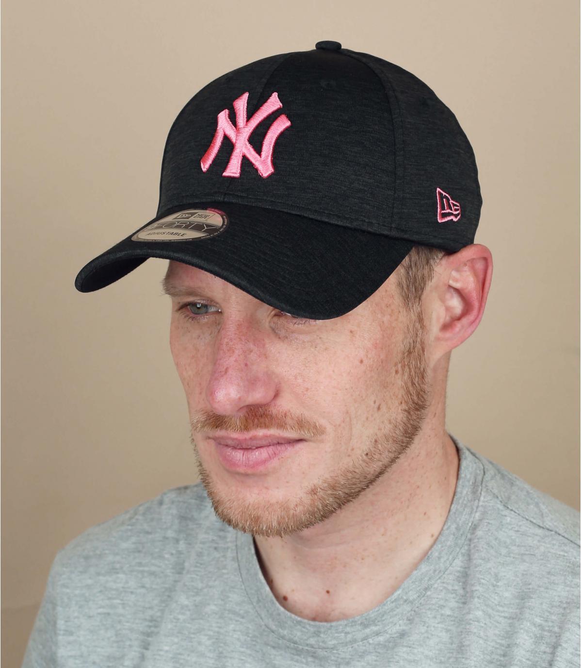berretto NY rosa nero