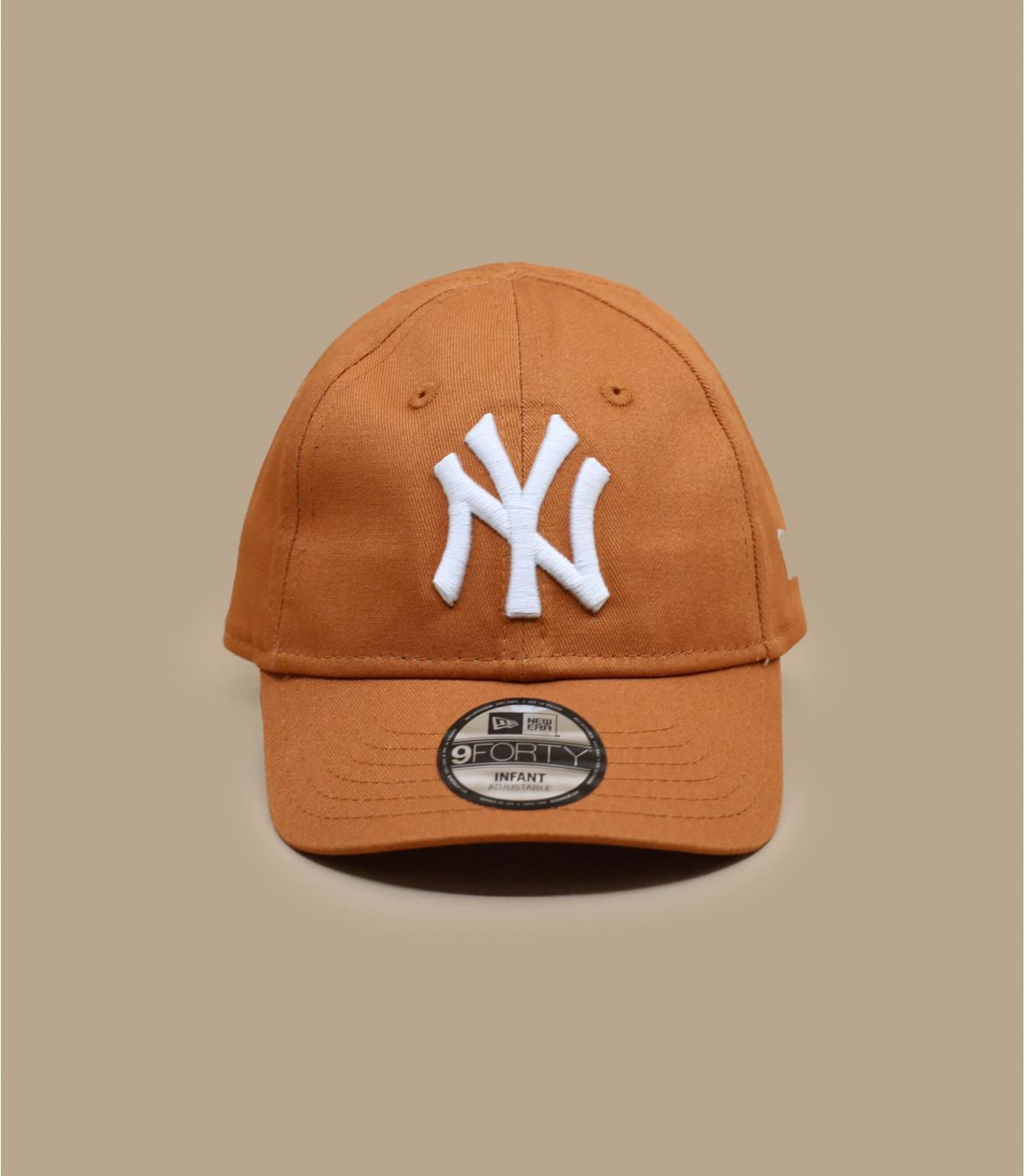 cappellino da neonato NY beige