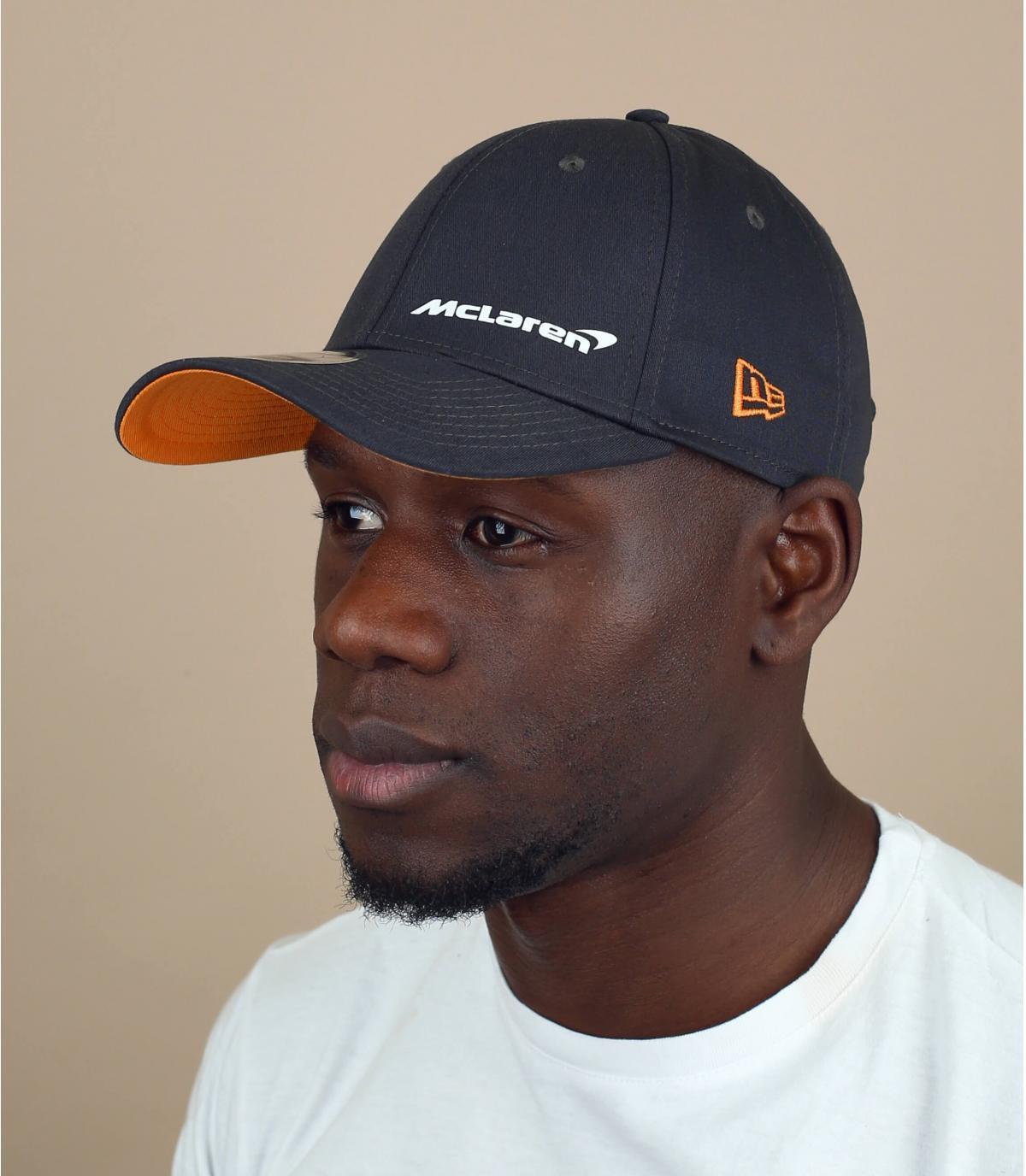 Cappellino nero Mc Laren