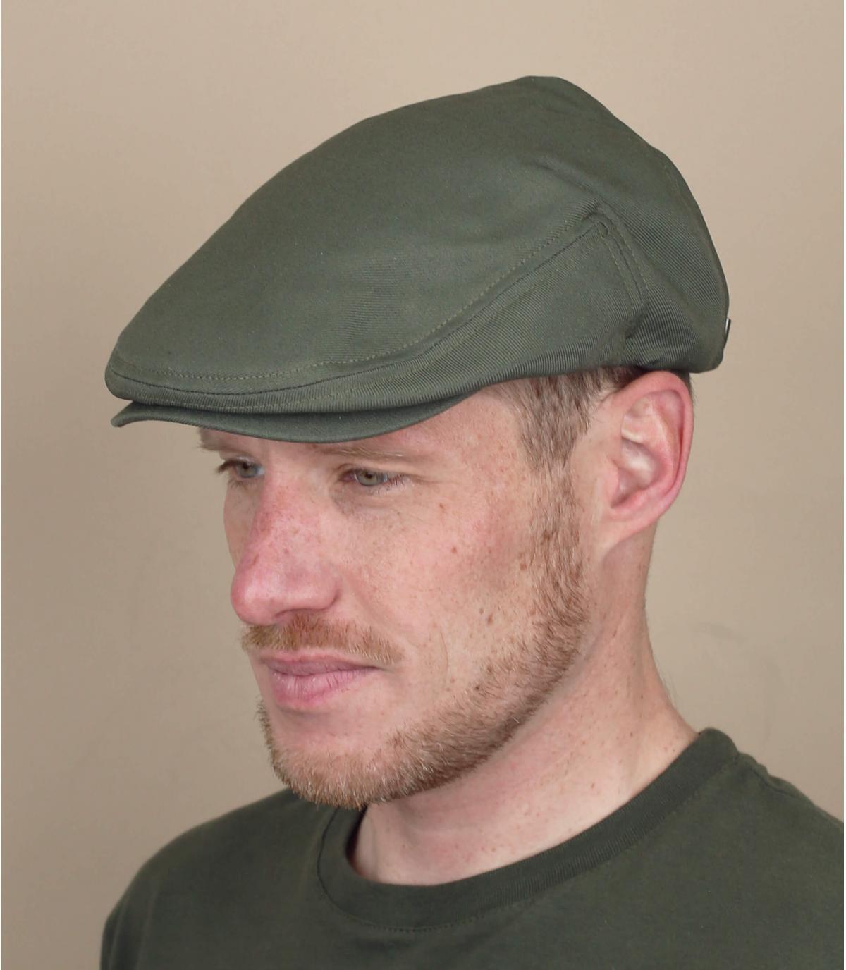 berretto verde Brixton