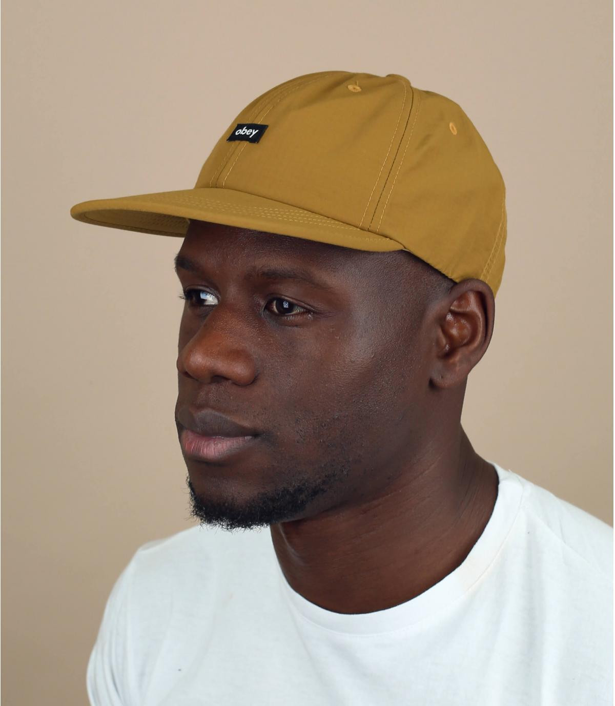 cappellino Obey beige
