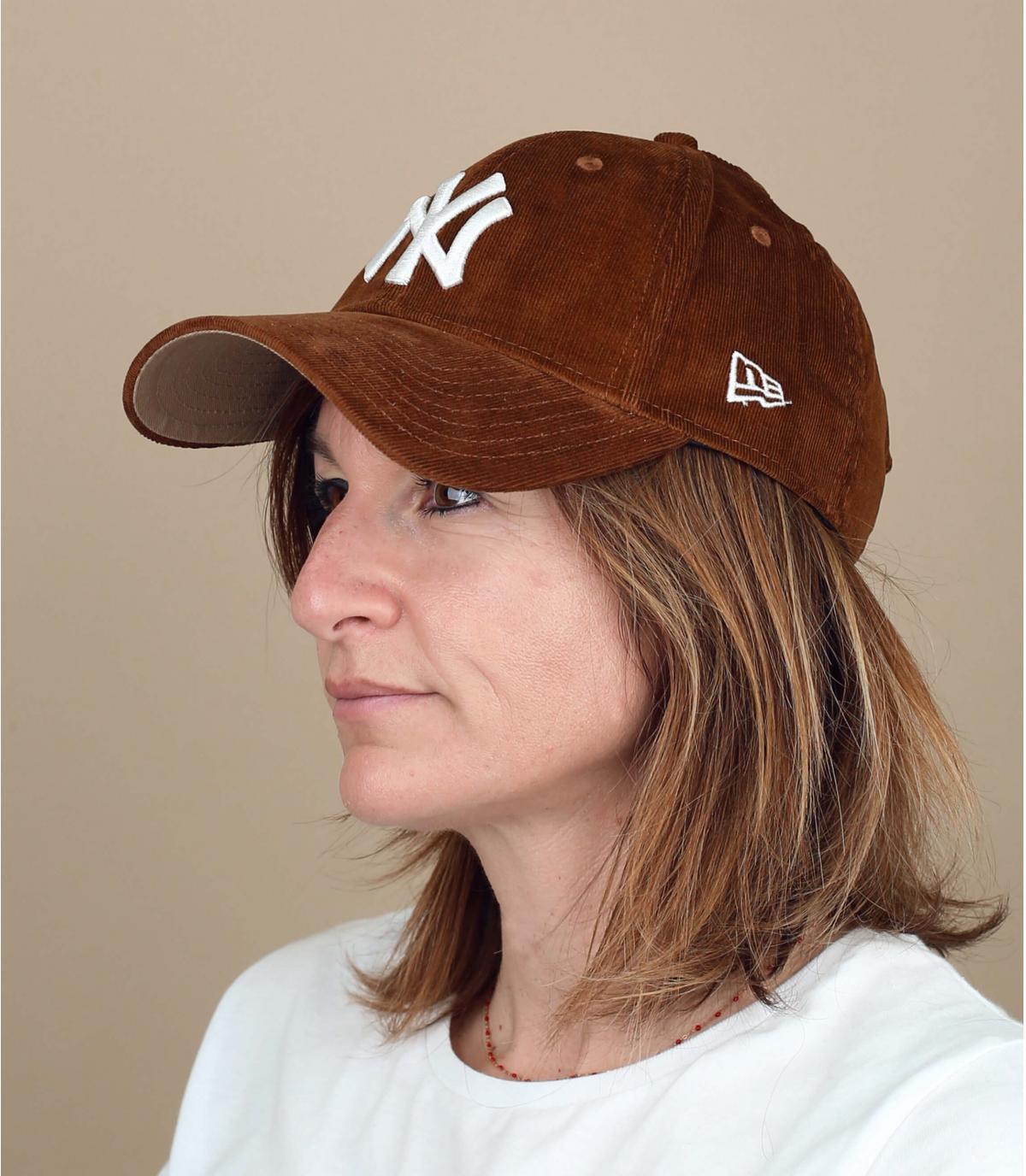 cappellino scamosciato marrone donna