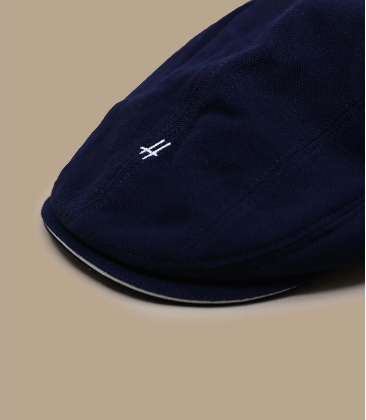 berretto blu marino