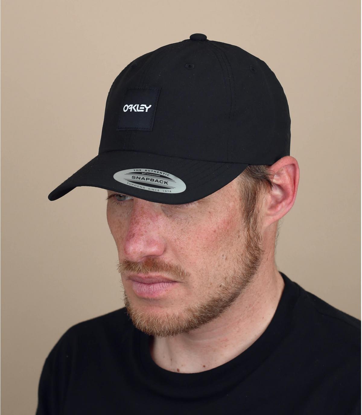 cappellino Oakley nero