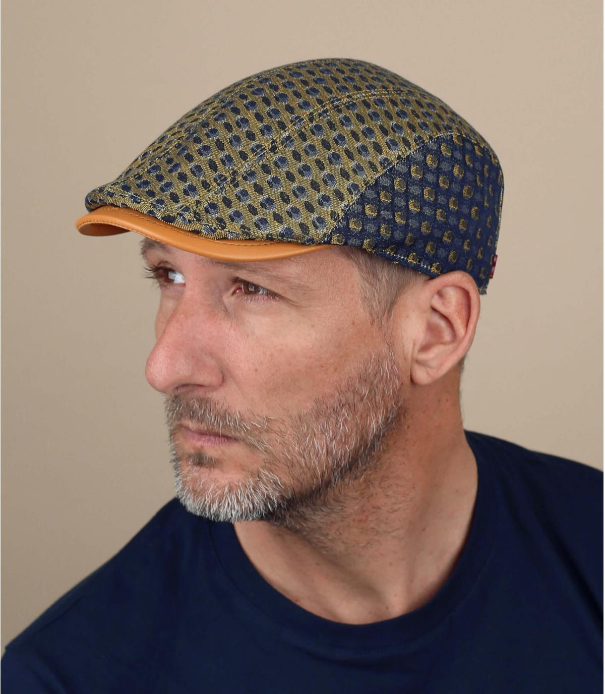 berretto giallo blu motivo