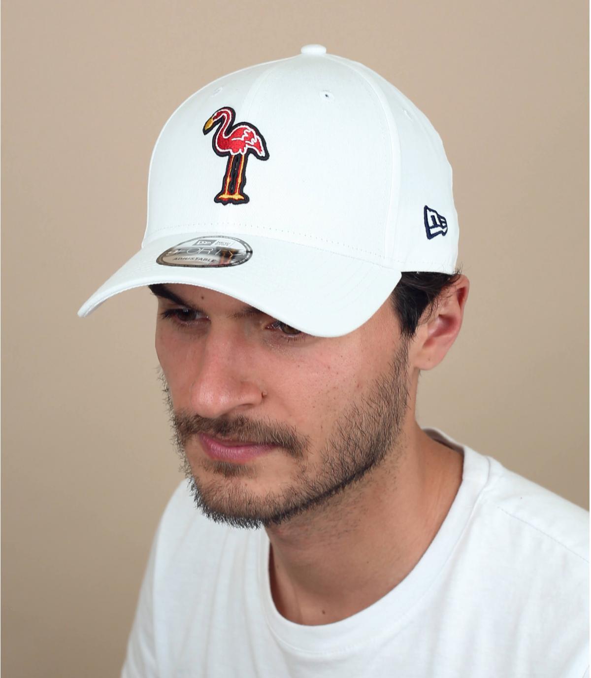 Cappellino fiammante rosa e bianco