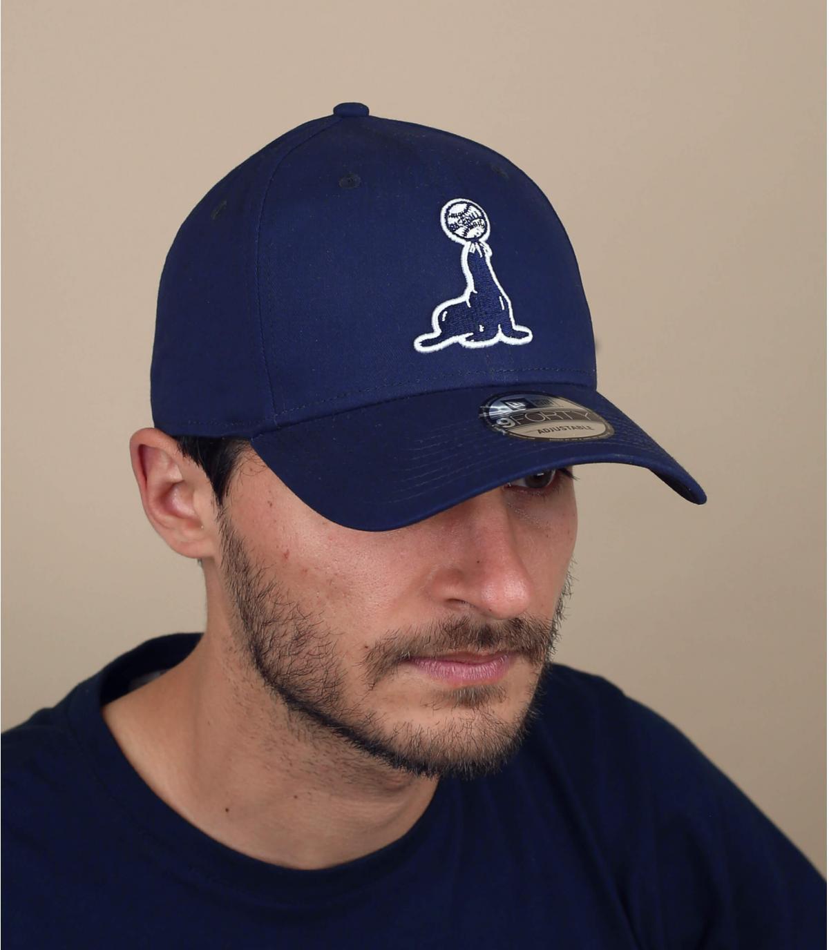 Cappellino foca nero