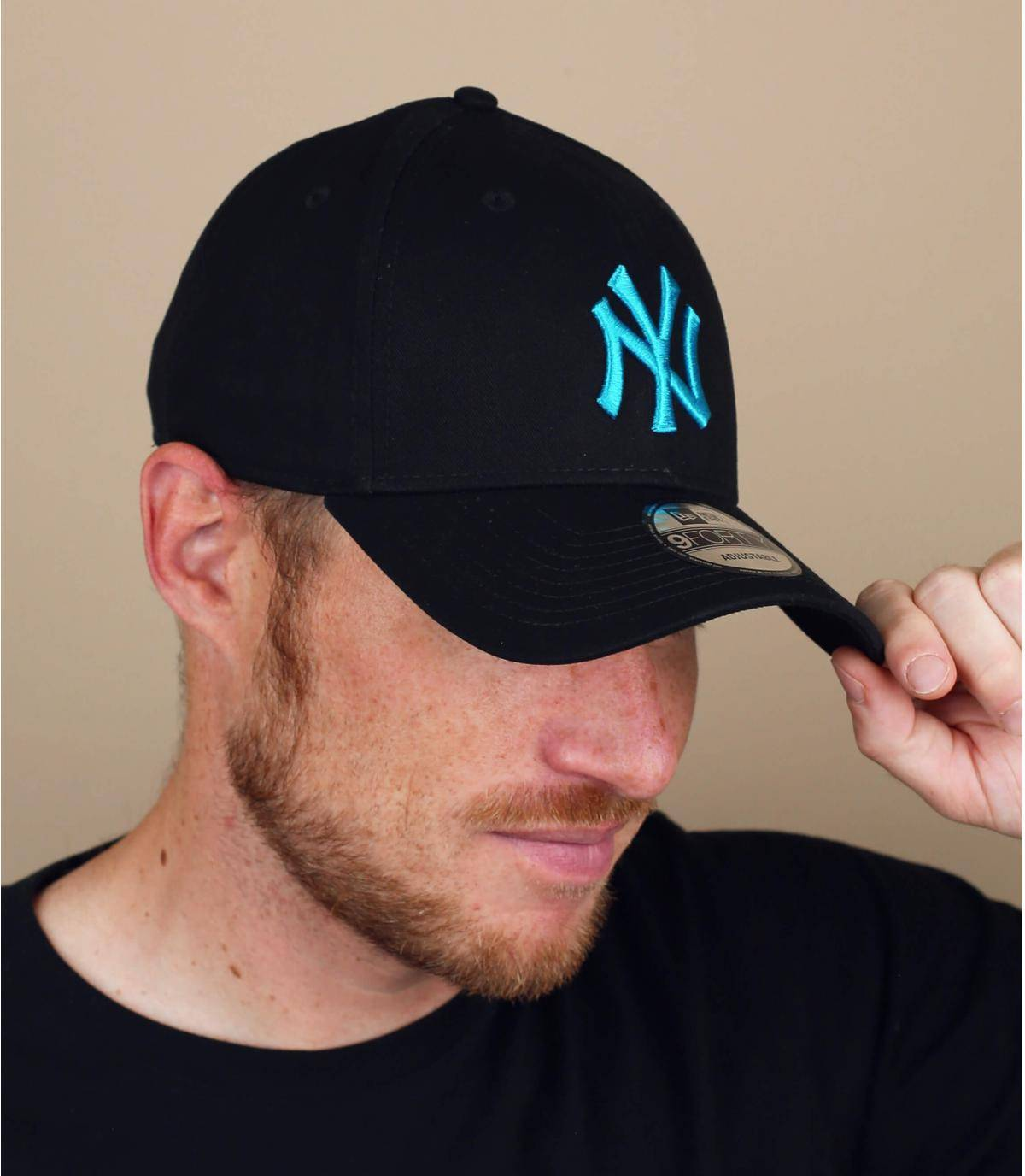 cappellino NY nero blu