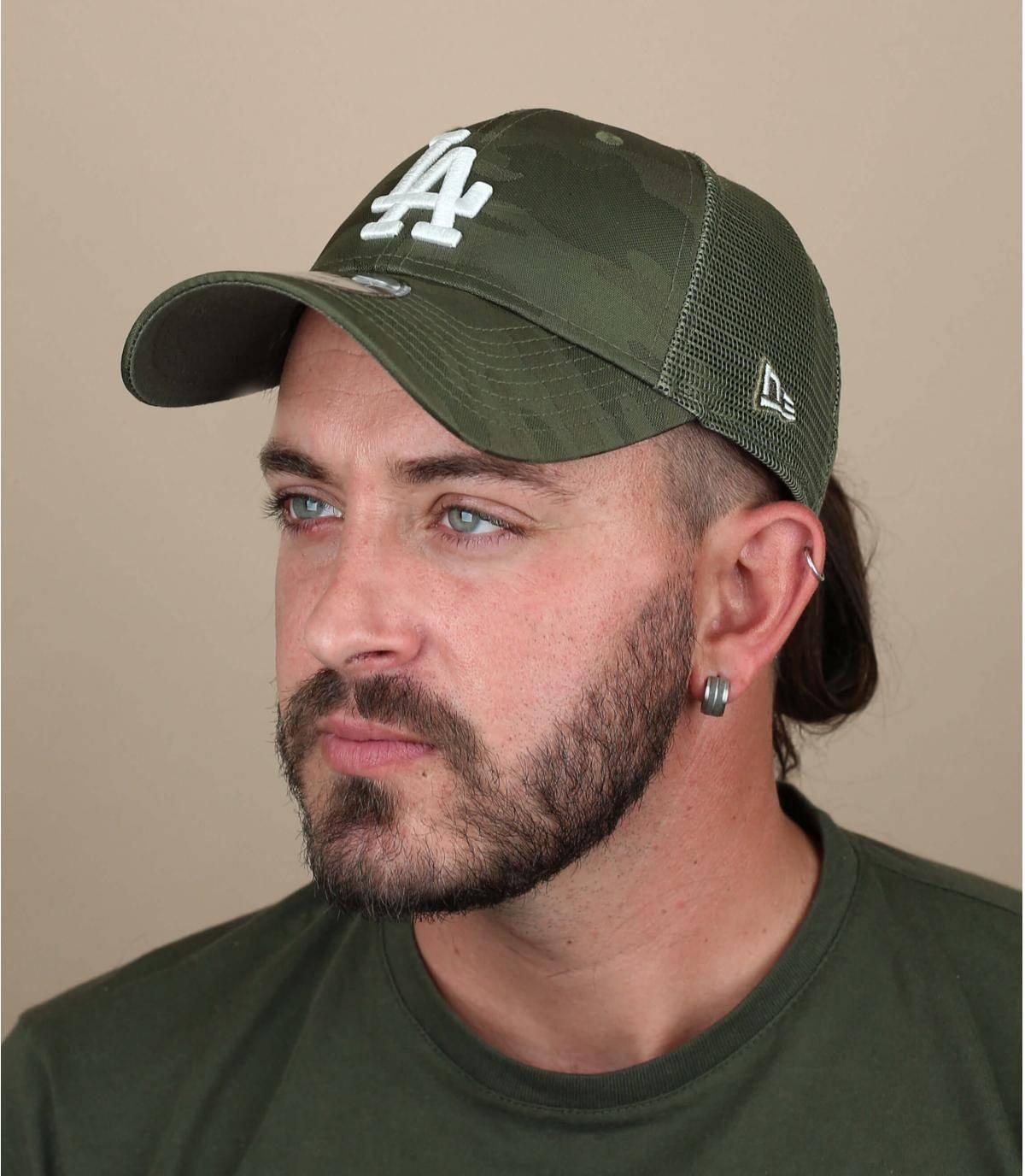 trucker LA verde mimetico