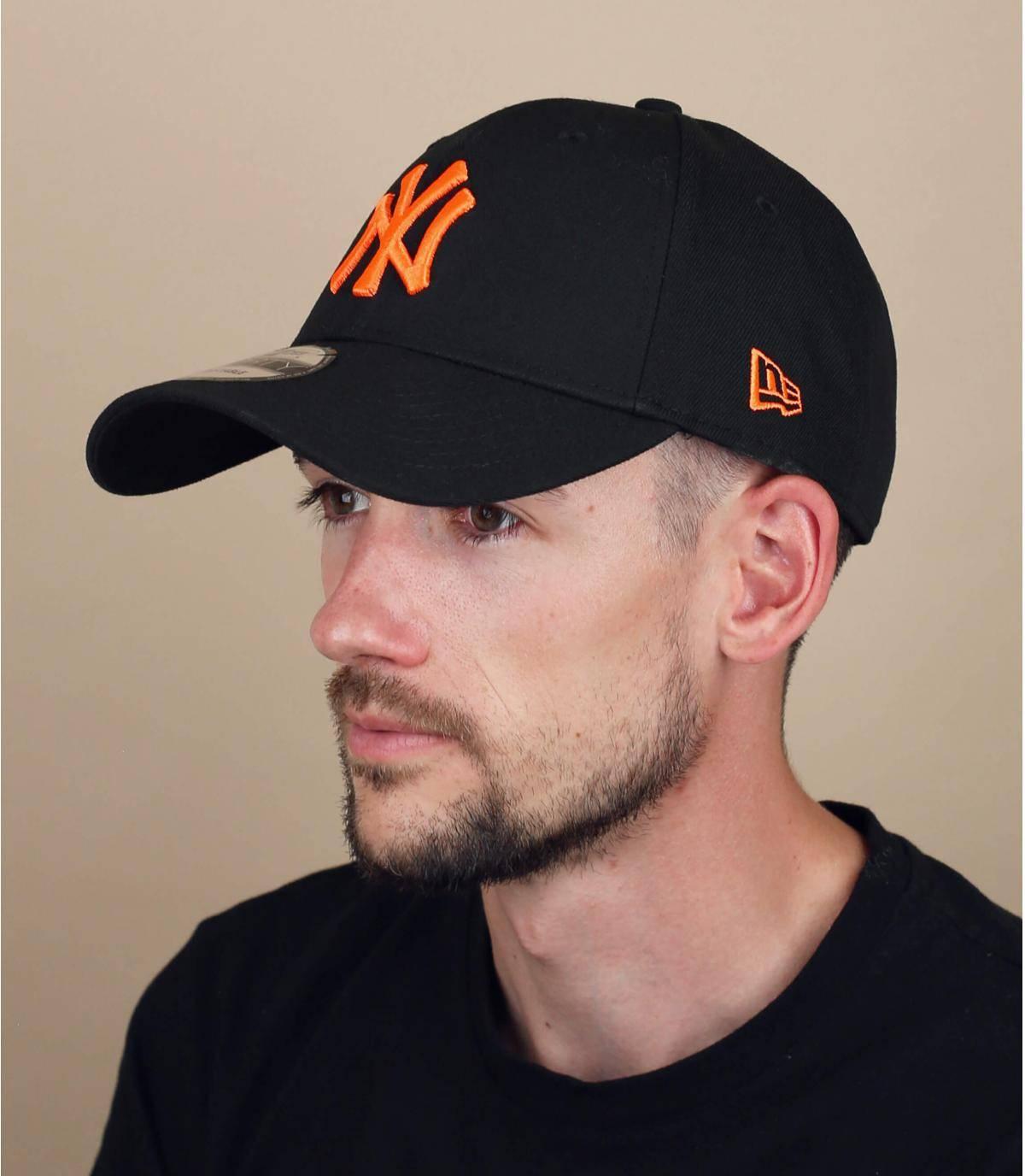 cappellino NY nero arancione