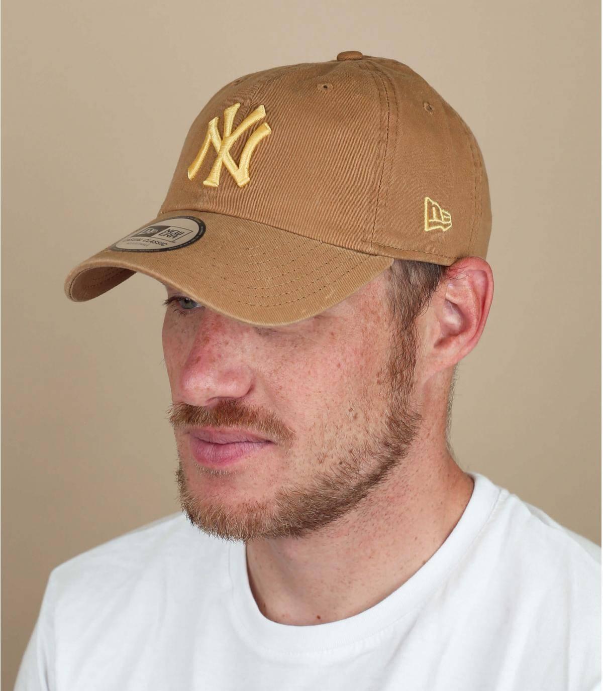 cappellino NY beige