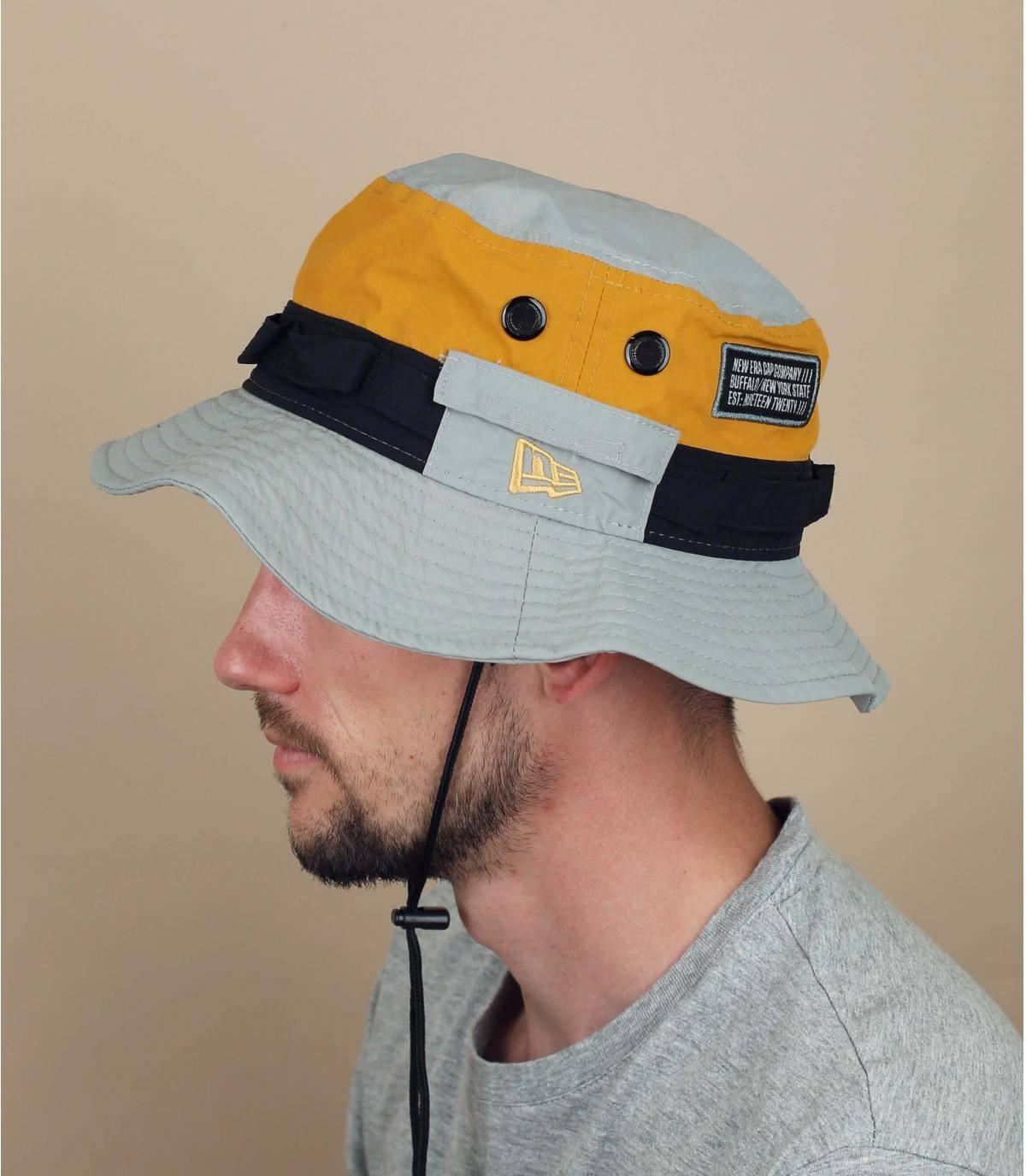 cappello da pescatore New Era grigio