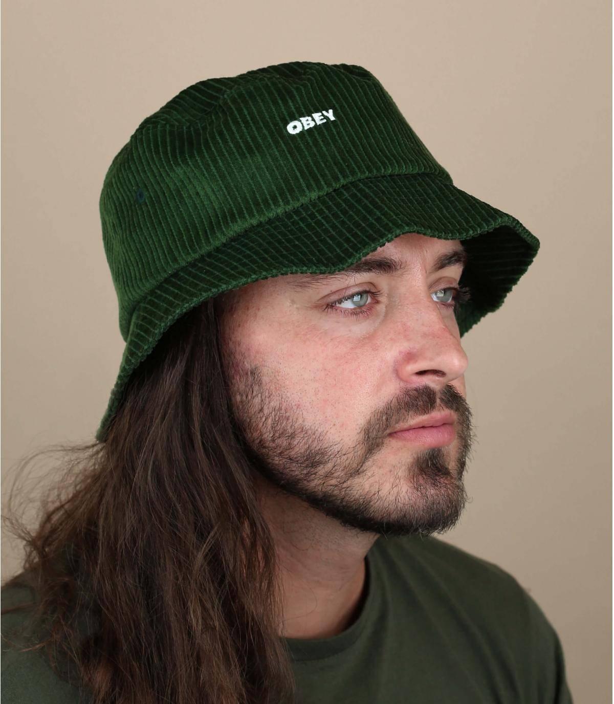 cappello da pescatore velluto verde Obey