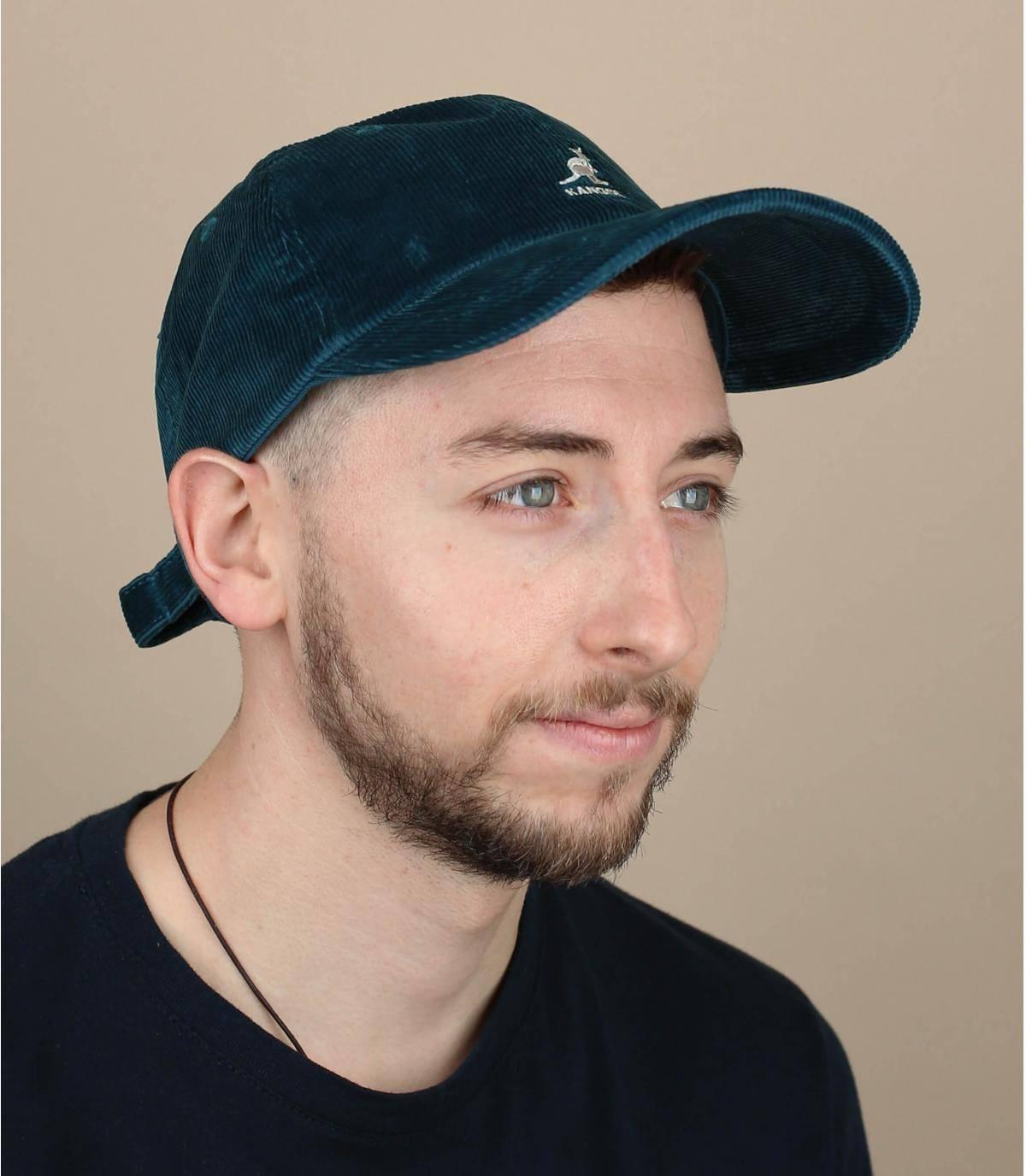 cappellino velluto blu