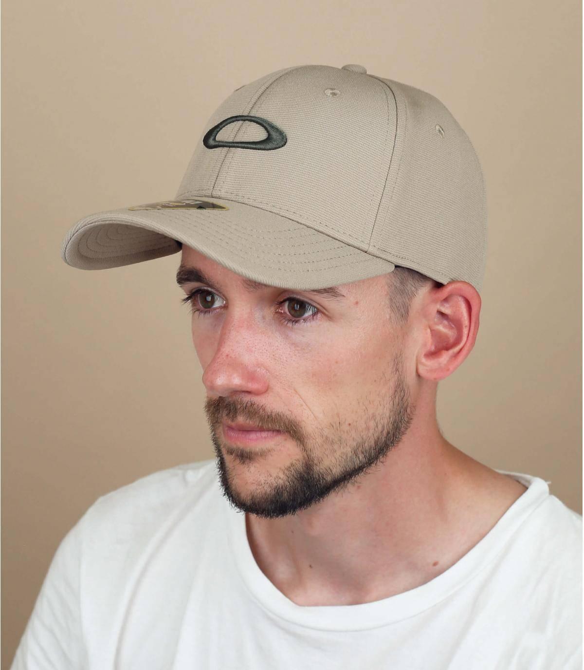 cappellino Oakley beige