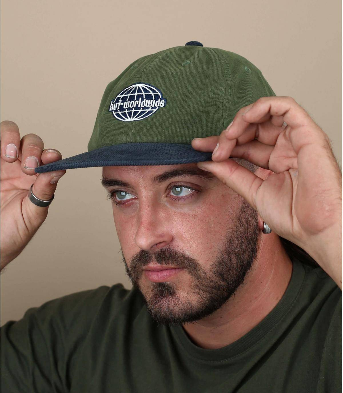 cappellino velluto Huf