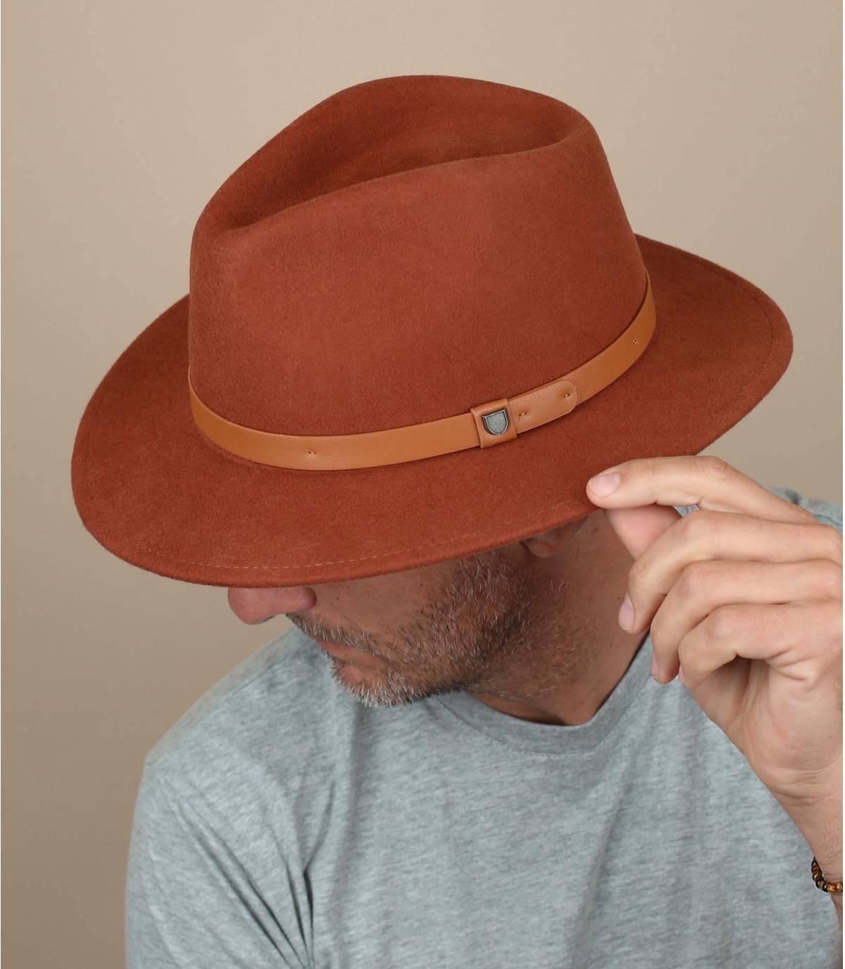 fedora feltro marrone