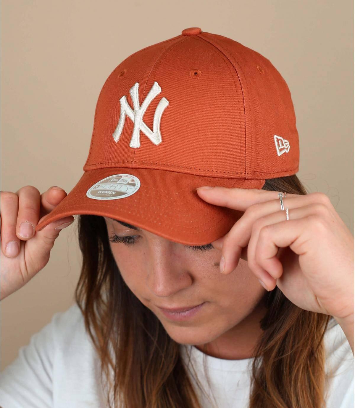 cappellino donna arancione