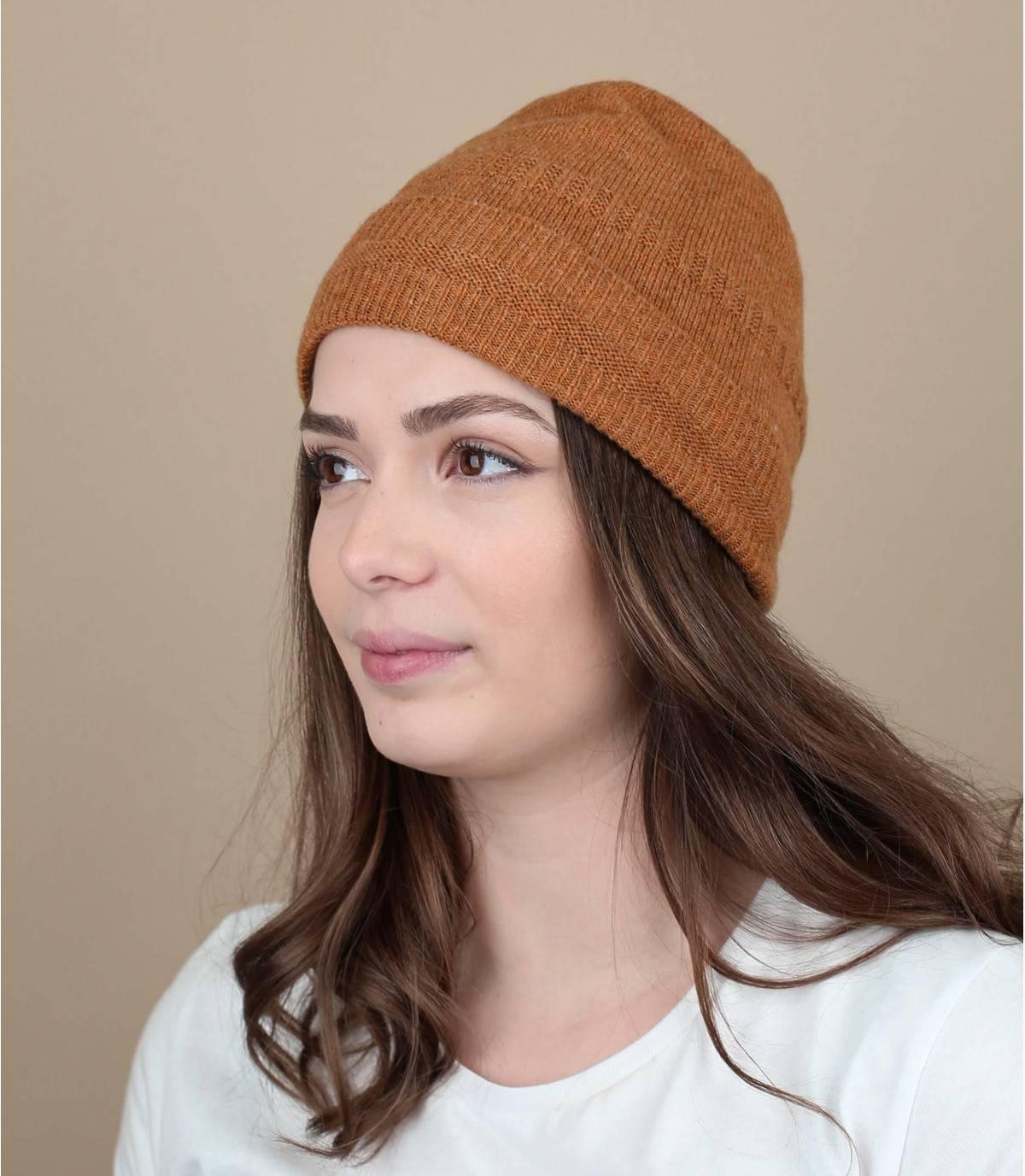 berretto risvolto arancione