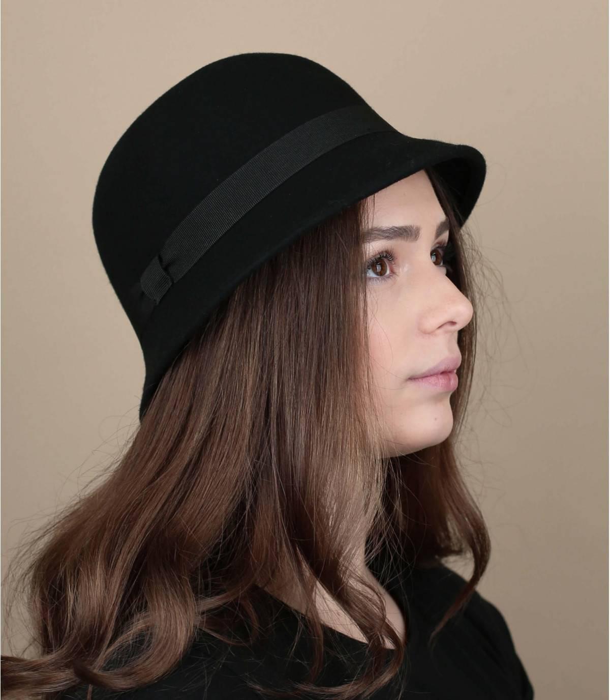 cappello cloche nero
