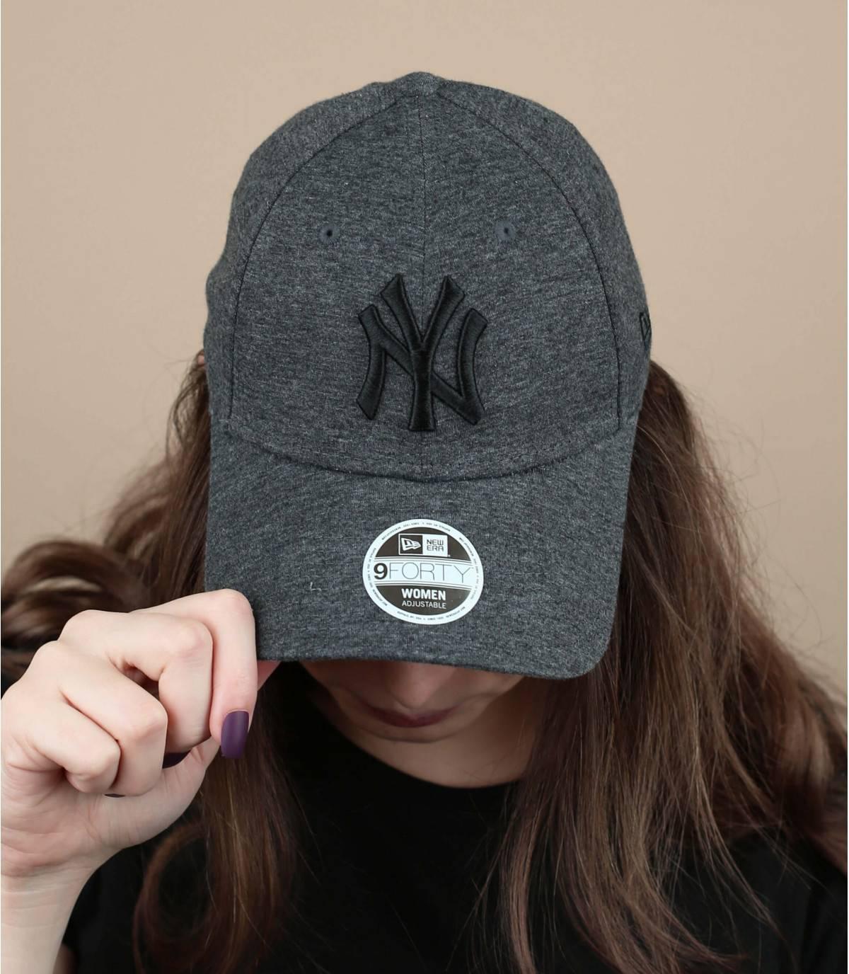 cappellino donna grigio