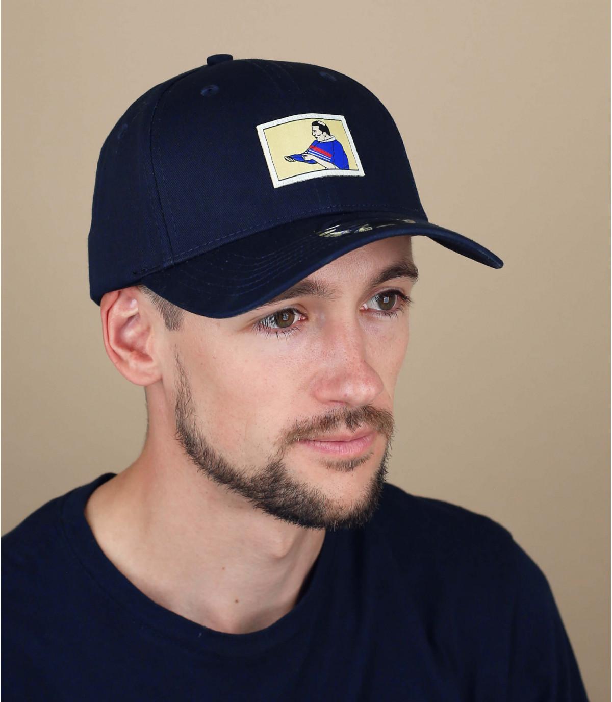 berretto da calcio blu