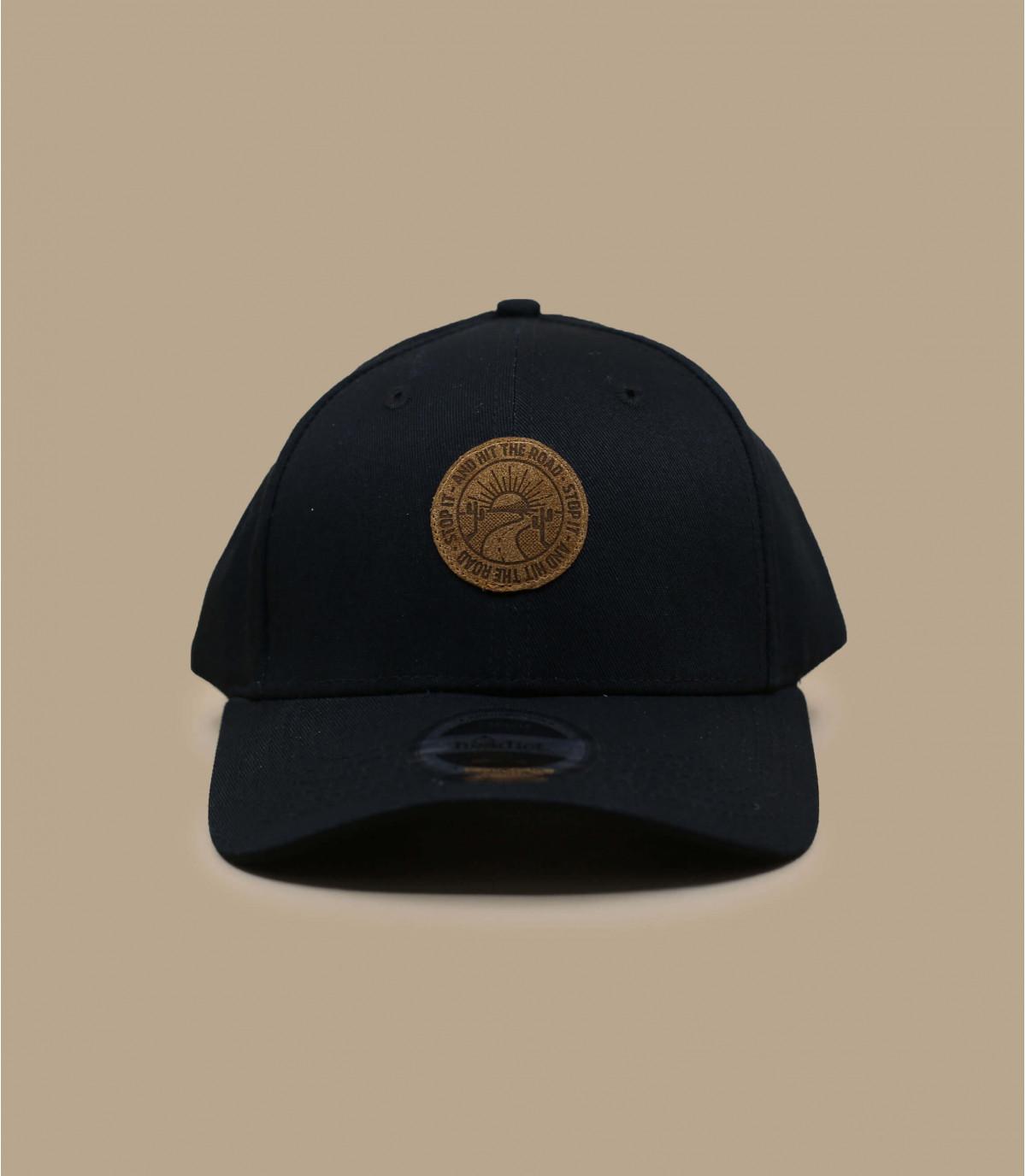 Tramonto berretto nero curva