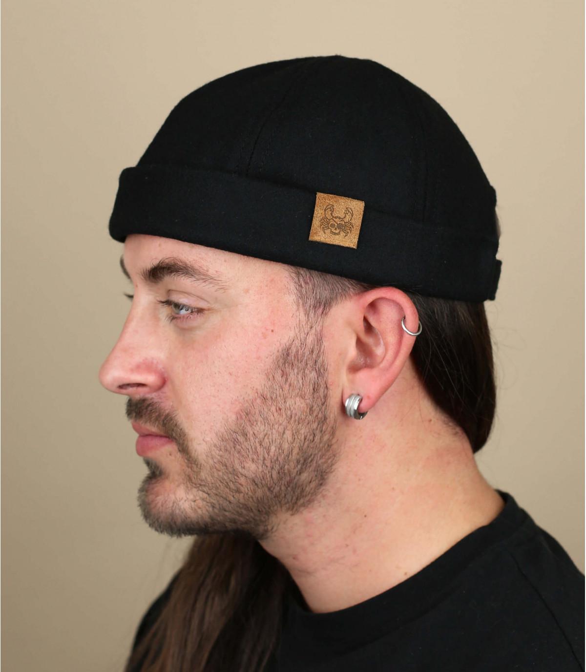 cappello granchio nero