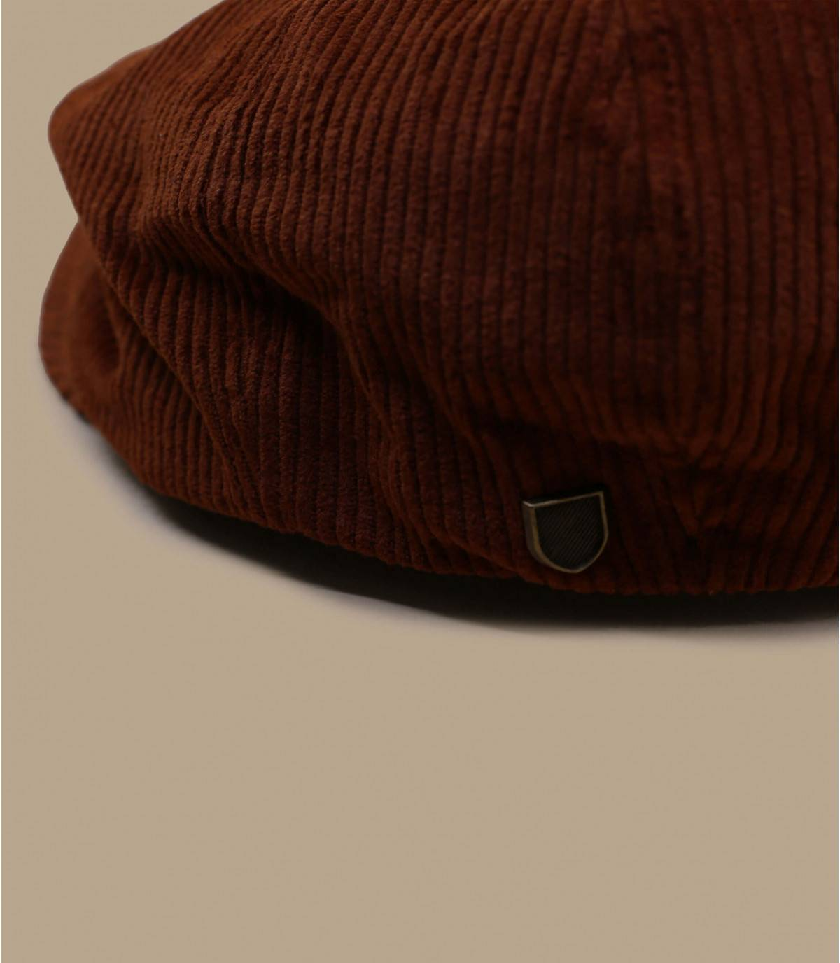 berretto brixton in velluto bordeaux