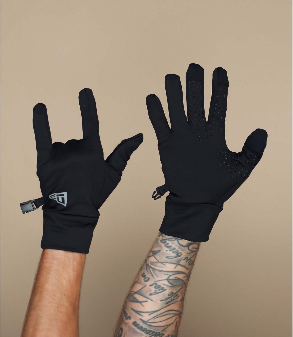 guanti neri smart touch