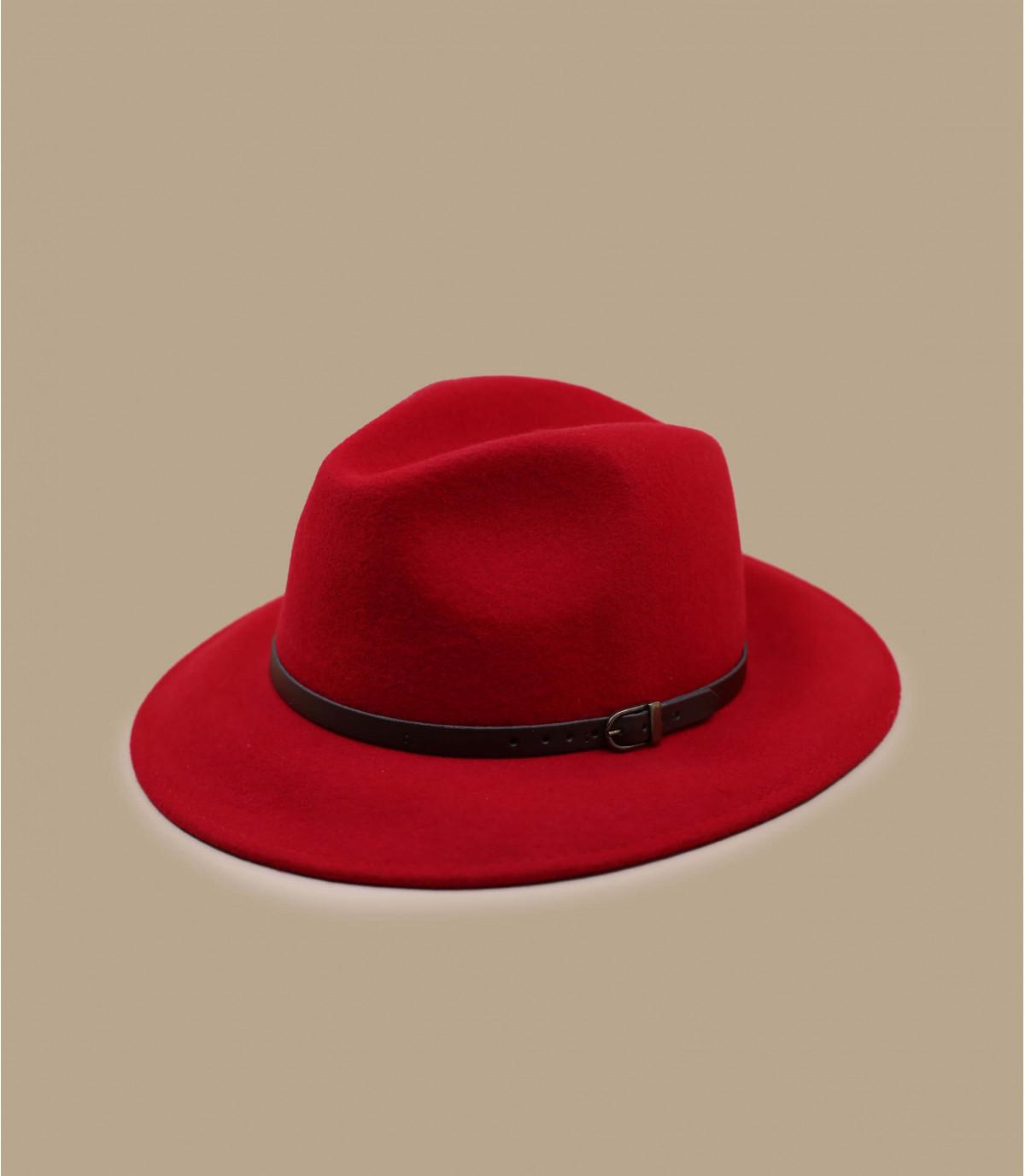 fedora di lana rossa