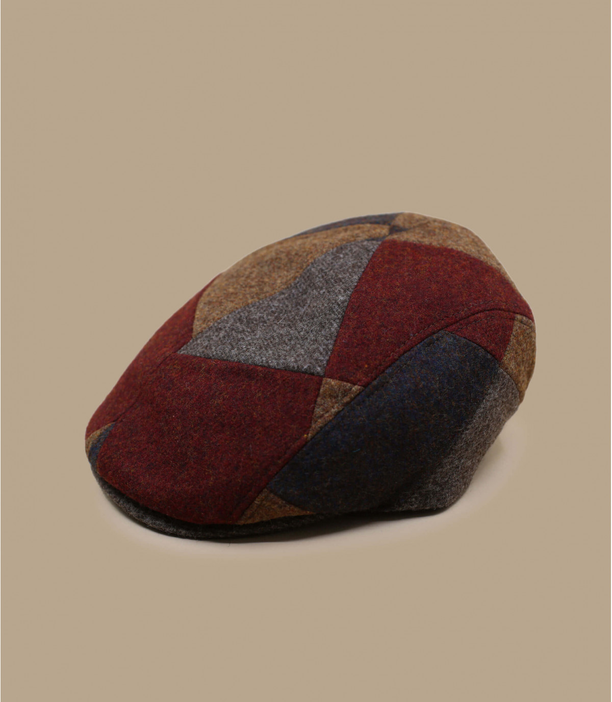 berretto patchwork marrone rosso