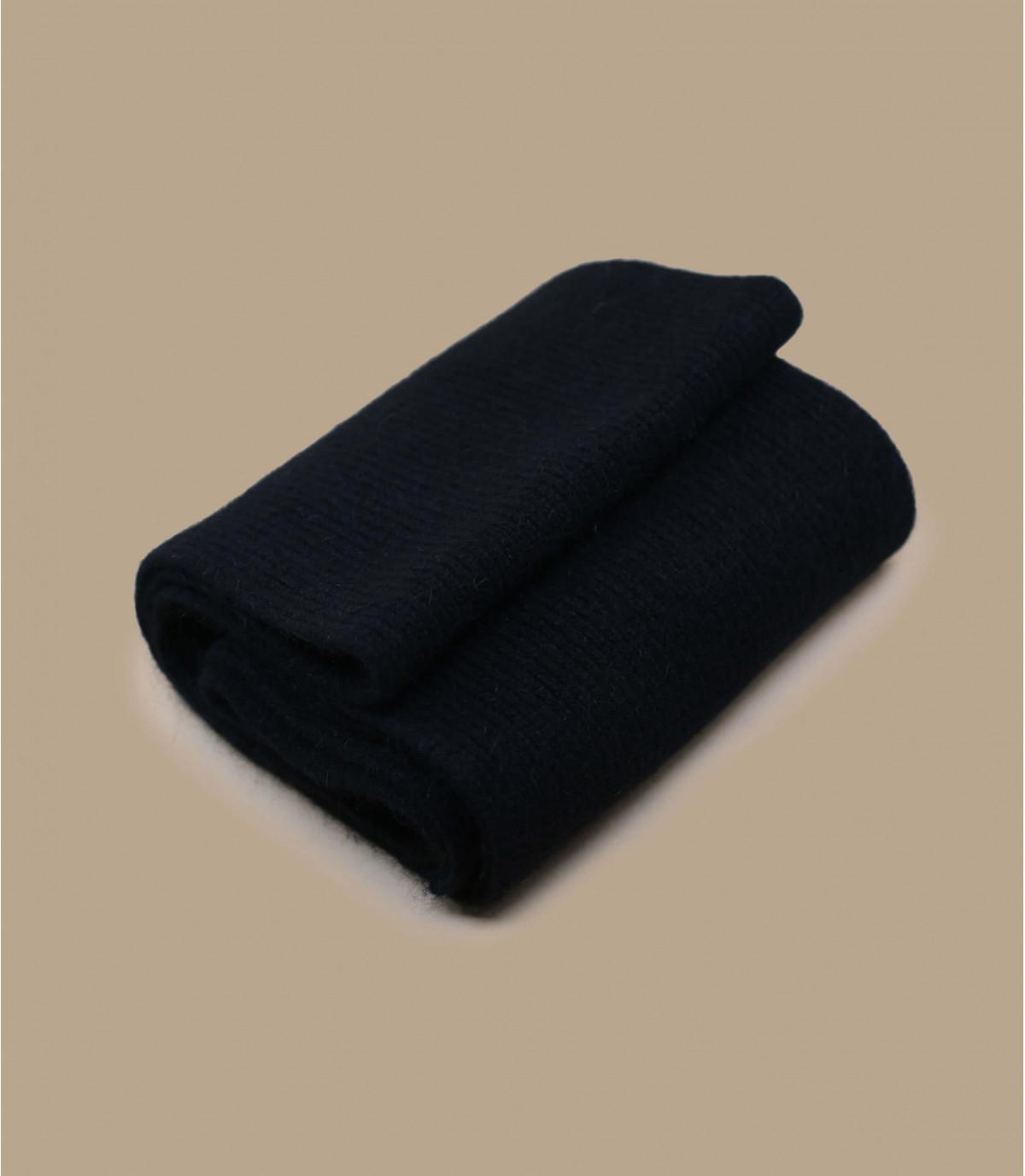 sciarpa in pelle di agnello angora nera