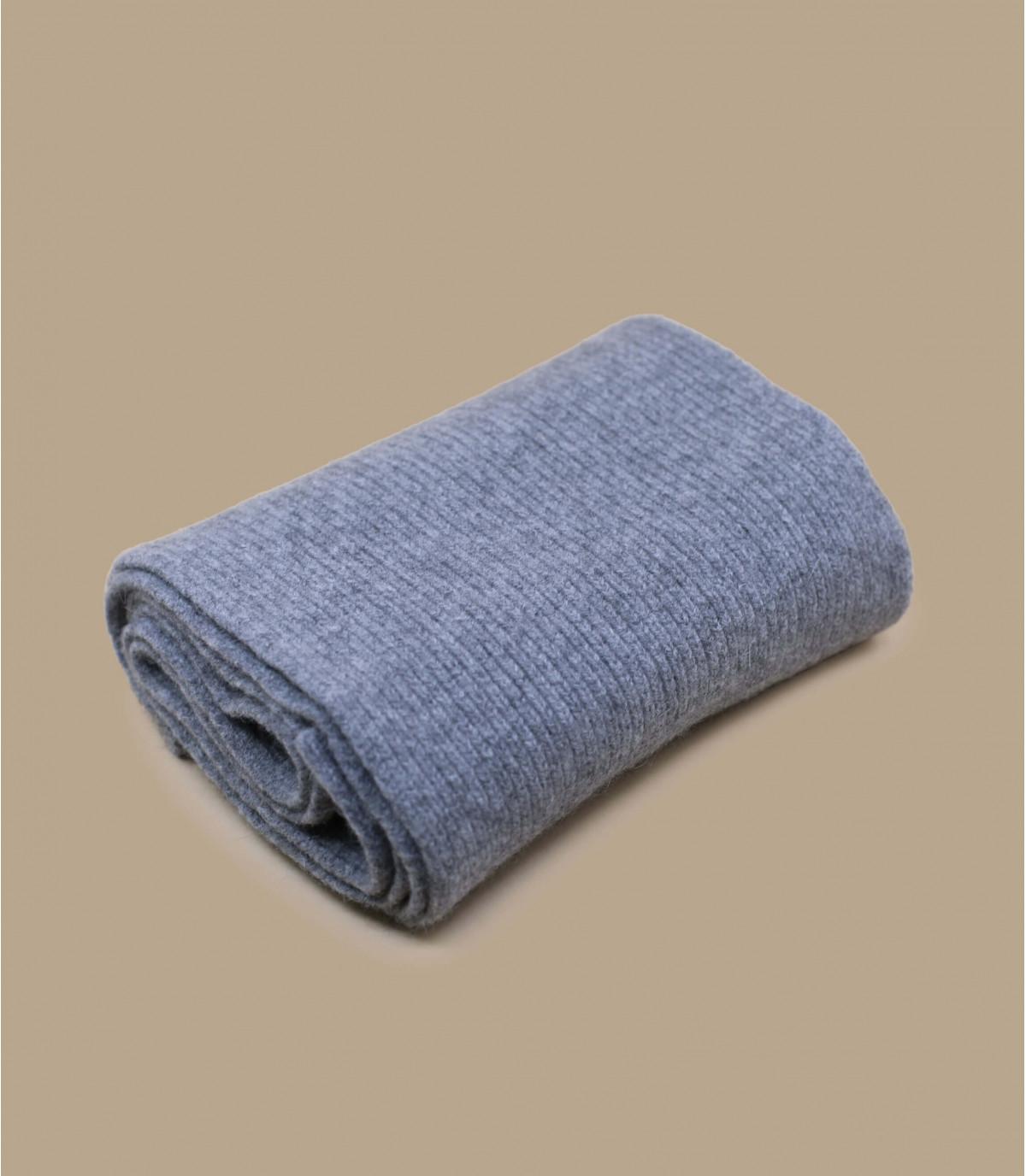 sciarpa in lana d'angora grigia